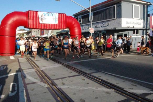 The start of Surfer's Path Marathon & Capitola Half Marathon & Relay
